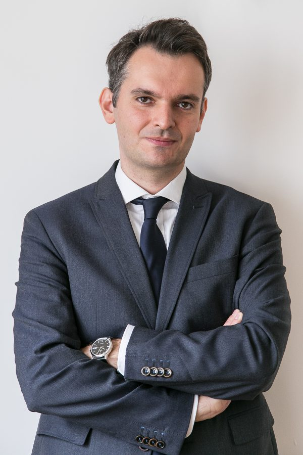 Adwokat Adam Krassowski