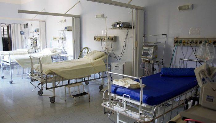 przyjęcie do szpitala przymusowe leczenie