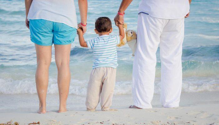 Rodzina zastępcza a opieka prawna